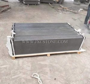 G1304 Yixian Black Granite Kerbstone